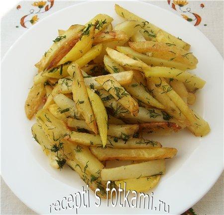 Жареная молодая картошка с укропом