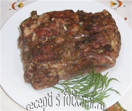 Свинина запеченная в фольге в духовке куском