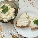 Закуска из плавленых сырков с чесноком и майонезом