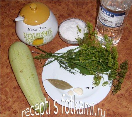 Ингредиенты для маринованных кабачков на зиму